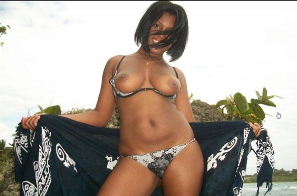 indisches webcamgirl mit prallen titten und sexy body